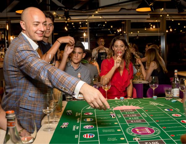 Готовим Веллингтон и играем в винное казино