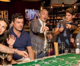 Играем в винное казино и жарим Пеппер-стейк